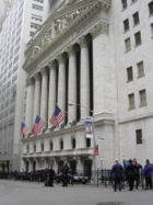 фасад здания Нью-Йоркской фондовой биржи